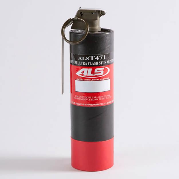 Magnum Ultra Flash Stun Grenade, with Titanium Spark